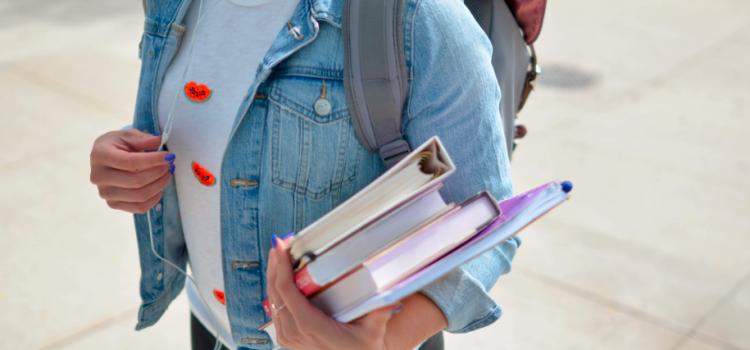 Comment organiser son déménagement lorsque l'on est étudiant ?